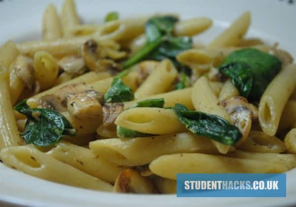 Spinach and mushroom pasta