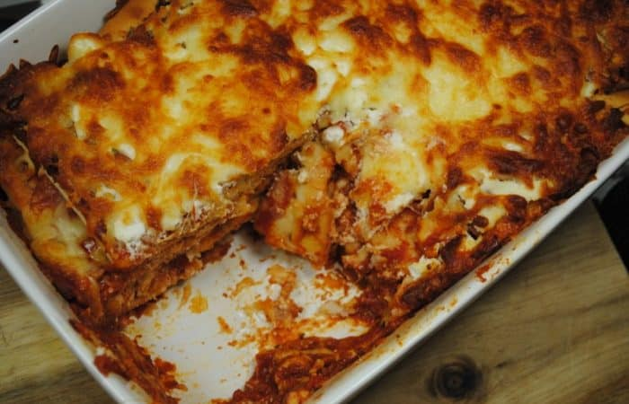 leftover-pizza-lasagna-recipe-2-700x450